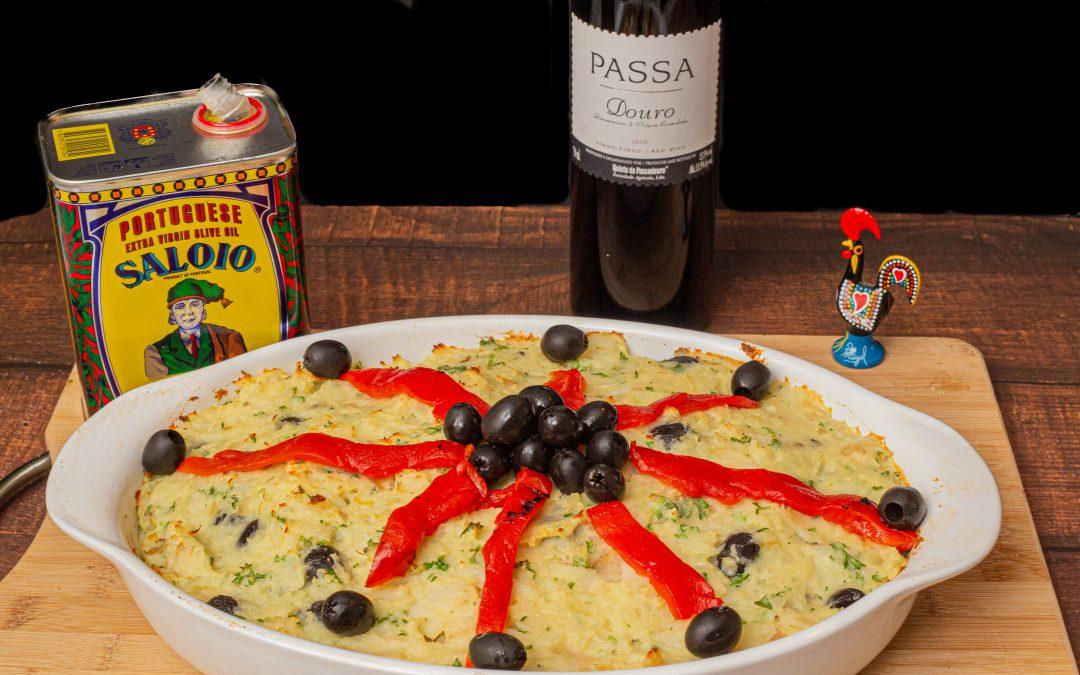 "Bacalhau à Zé do Pipo | Portuguese Salted Cod ""Shepherds Pie Casserole"""